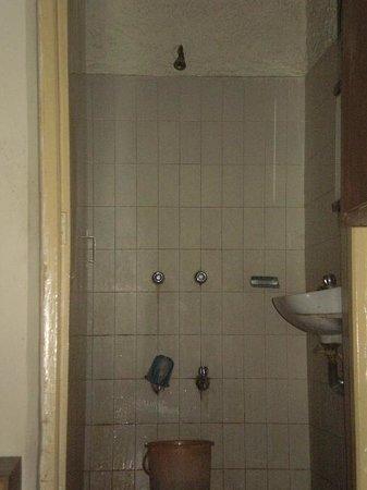 National Hotel: bagno camera grande