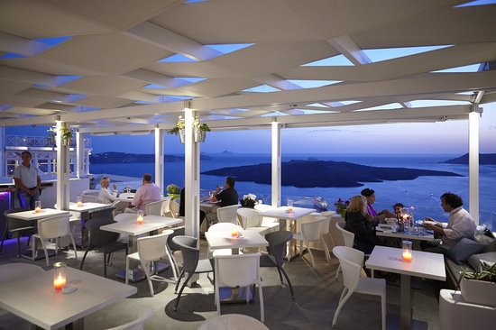 Idol Restaurant Bar Santorini