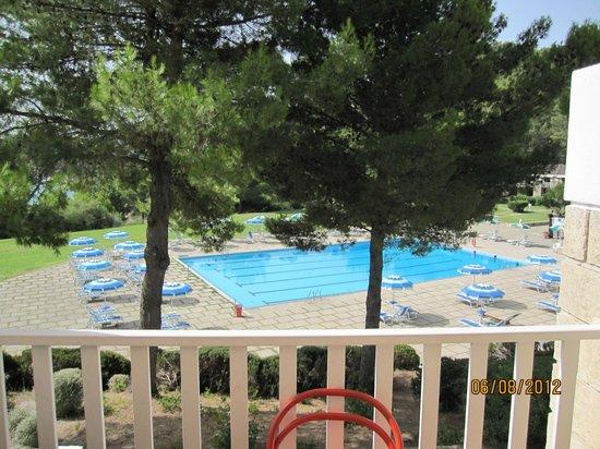 Residence I Delfini di Pugnochiuso: piscina