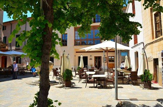 Cal'lloro Hotel Restaurant
