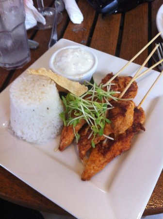 Pullman Palm Cove Sea Temple Resort & Spa: Amazing food at the bar area