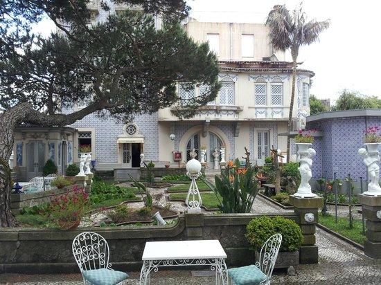 Castelo de Santa Caterina: Schitterrende tuin met terras