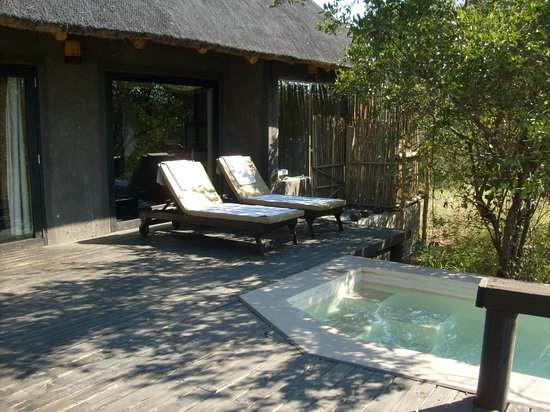 Ezulwini Game Lodges: Private deck