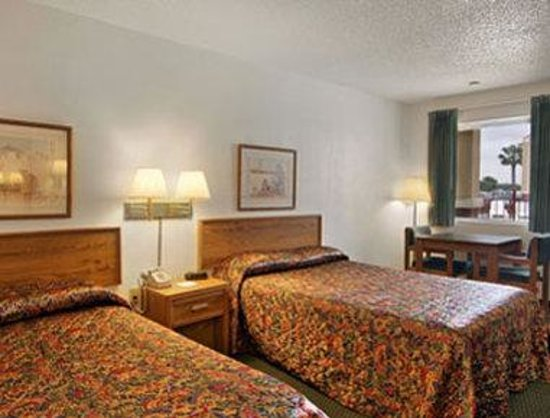 Americas Best Value Inn - Clute / Lake Jackson: Standard Two Double Bed Room