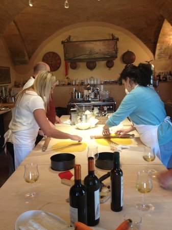Cooking Class Under the tuscan sun: Entusiasit food lovers