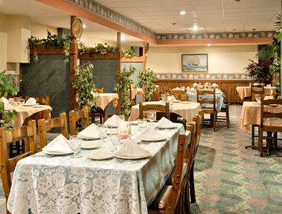 Elkins Inn & Suites: Dukes Steakhouse