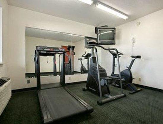 Days Inn  Ardmore : Fitness Center