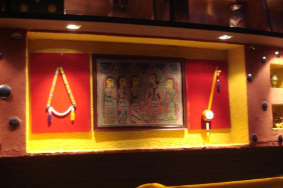 Pind Balluchi : Interior decor