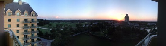 The Renaissance World Golf Village Resort: Panorama view from the balcony