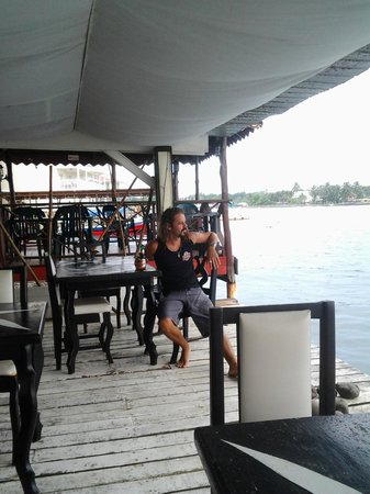 El Limbo on the Sea Hotel Restaurant : waterfront