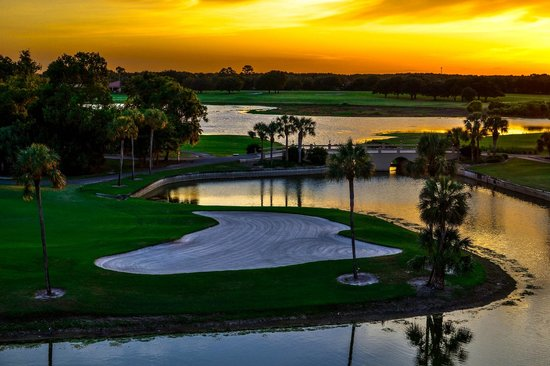"Mission Inn Resort & Club: The 17th hole aka ""The Devil's Delight"" at sunset"