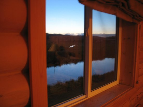 Cabin Creek Inn: Blurry view from bedroom #2