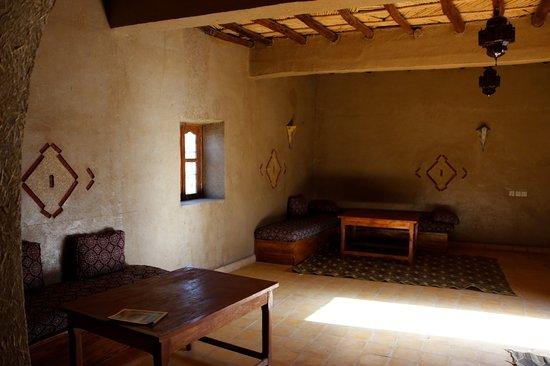 Dans les dunes hotel merzouga maroc voir les tarifs for Salon zen rabat tarifs