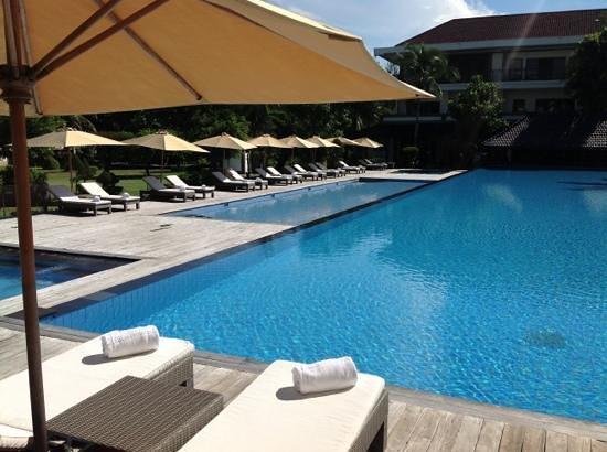 Hotel Ombak Sunset: the pool