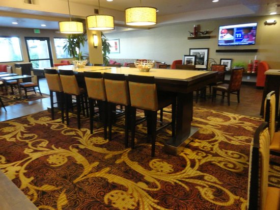 Hampton Inn St. George: Lobby / Breakfast area