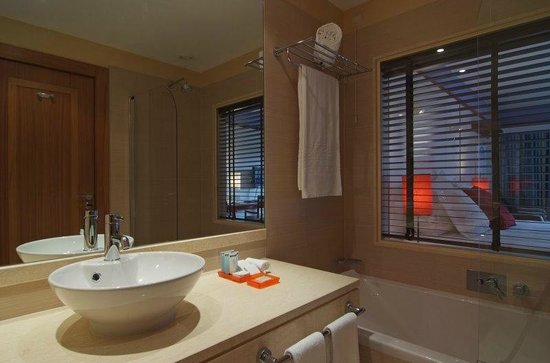 Pestana Porto Santo All Inclusive: Room bathroom