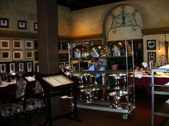 Mission Inn Restaurant: Outside Duane's Place