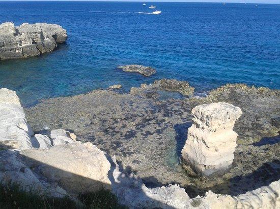 Albania Hotel : ...il Mare con la M maiscola...di Otranto!!!