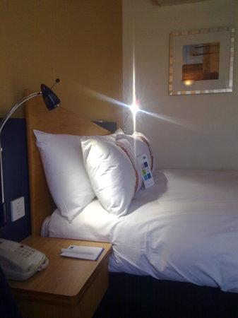 Holiday Inn Express London - Chingford - North Circular: HIE Chingford - Room view