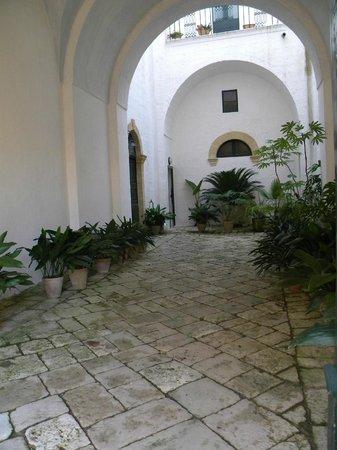 Palazzo Bitonti: ingresso