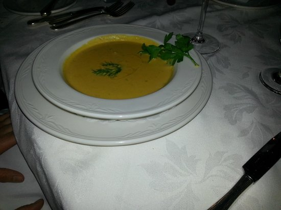Aux Truffes: Soup of the day... I started removing the garnish.