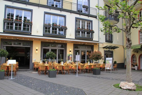 Photo of German Restaurant Cafe Bistro Cochemer Jung at Moselpromenade 2, Cochem 56812, Germany