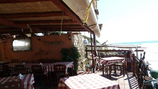 Hotel Brati II Beach: Restaurant