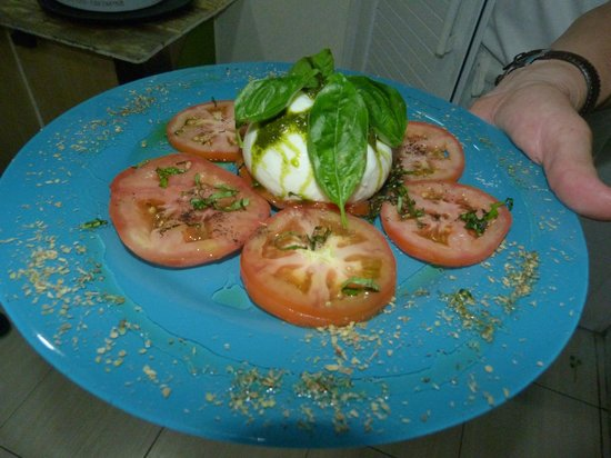 Botteghita : fresh tomato and mozzarella