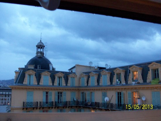 Hotel Trocadero: nice view if you open the glass roof