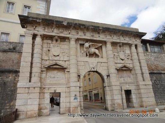 Zadar Land City Gates: City Gate