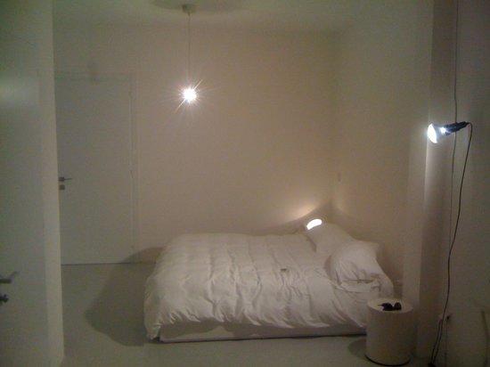 Legrenzi Rooms: letto