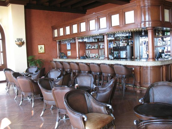 Pueblo Bonito Sunset Beach Golf & Spa Resort : Main Buiding Bar