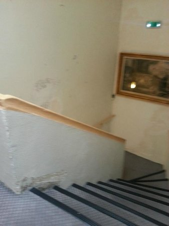 Hotel Exelmans: The corridor...