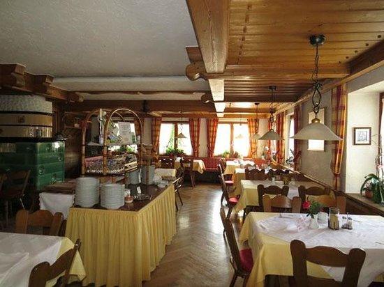 Gasthof Hirschen-Dorfmühle: Dining/breakfast room
