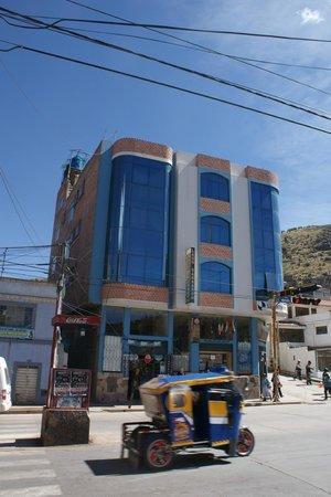 Marlon's House Puno: voorzijde hostel