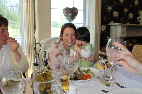 Meifod Country House Hotel & Restaurant : Nice family Meal