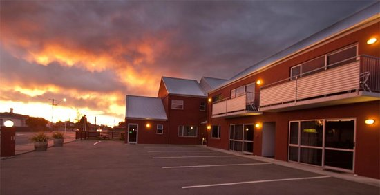Phoenix Motel : Sunrise at Temuka