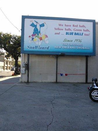 Sno Wizard Sno Ball Stand
