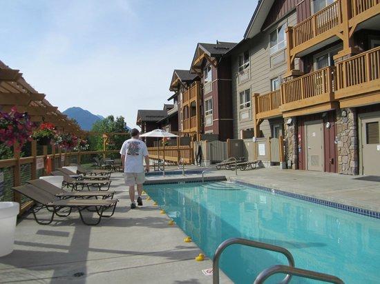 Pemberton Valley Lodge: Pool