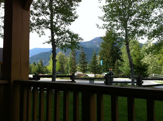 Pemberton Valley Lodge : View from our first floor room with electric auto charging station in foreground