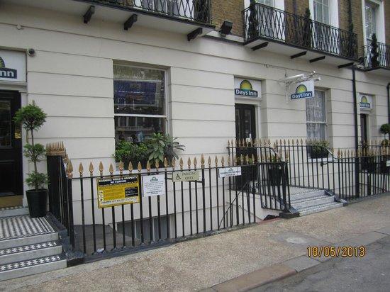Days Inn London Hyde Park: Entrance