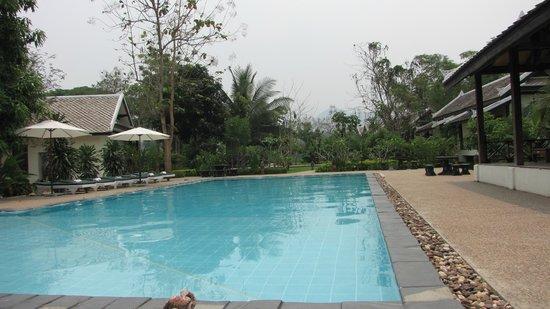 Luang Prabang Paradise Resort: swimming pool 6