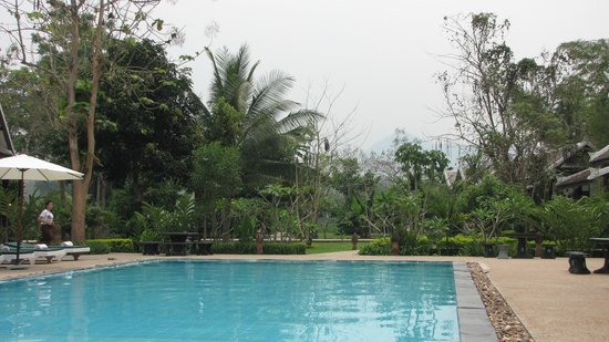 Luang Prabang Paradise Resort: swimming pool 3