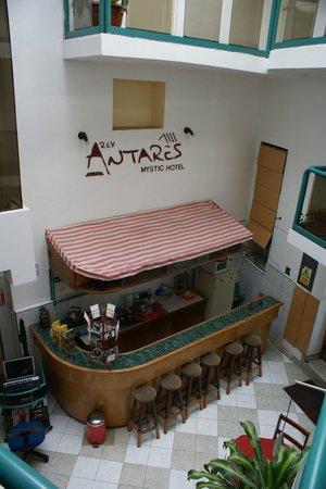Antares Mystic Hotel: hotelbar