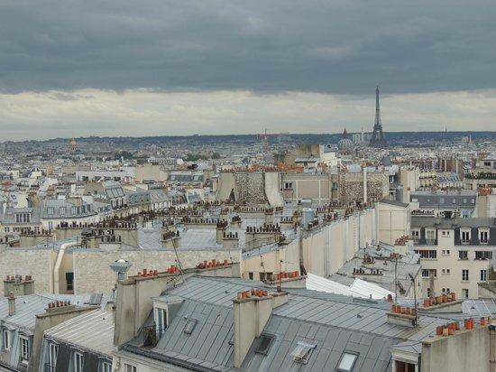 Mercure Paris Montmartre Sacre Coeur: Vista desde mi habitación