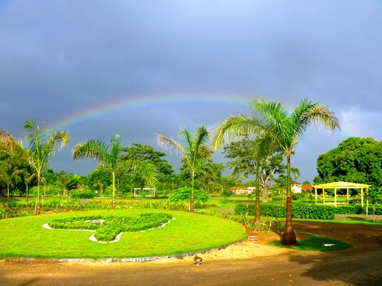Trujillo, Honduras: Rainbow over CDM