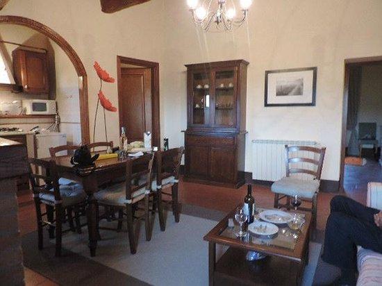 Rocca di Cispiano: the living room