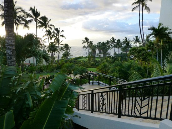 Wailea Beach Marriott Resort & Spa: view from lobby