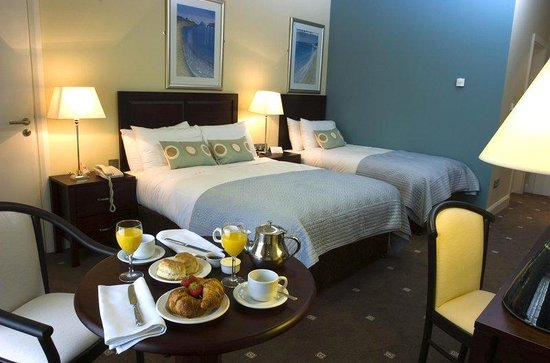 Kenmare Bay Hotel & Resort: Superior Room