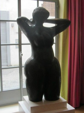 Refuel: Statue in the drawing room, where afternoon tea is served